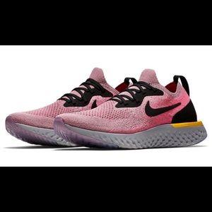 Nike wmns epic react size 7.5 us